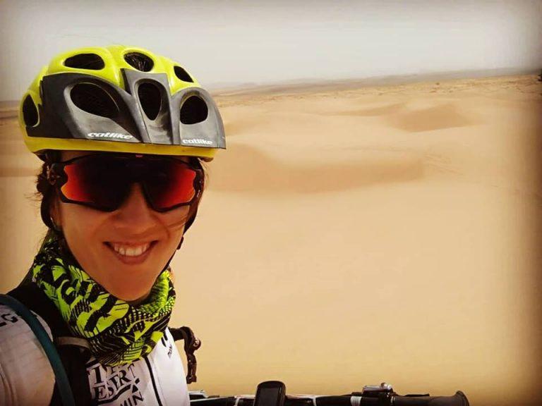 Ana en la Titan Desert