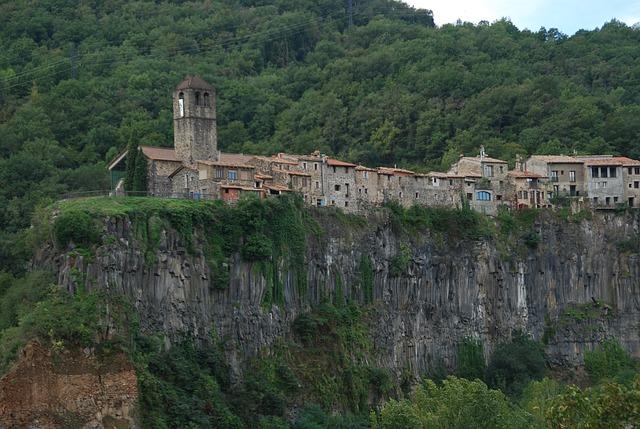 Castellfullit de Roca